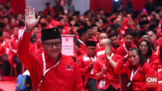 Sekjen PDIP, Hasto Kristiyanto saat Pembukaan Rapat Kerja Nasional (Rakernas) I dan HUT Ke-47 Partai Demokrasi Indonesia Perjuangan (PDIP) di JI-Expo, Kemayoran, Jakarta, Jumat (10/1). CNNIndonesia/Safir Makki