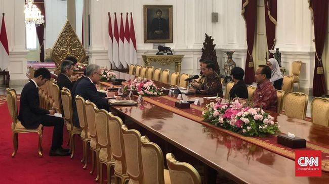 Presiden Jokowi mengajak Jepang berinvestasi di Natuna saat bertemu dengan Menlu Jepang Motegi Toshimitsu.