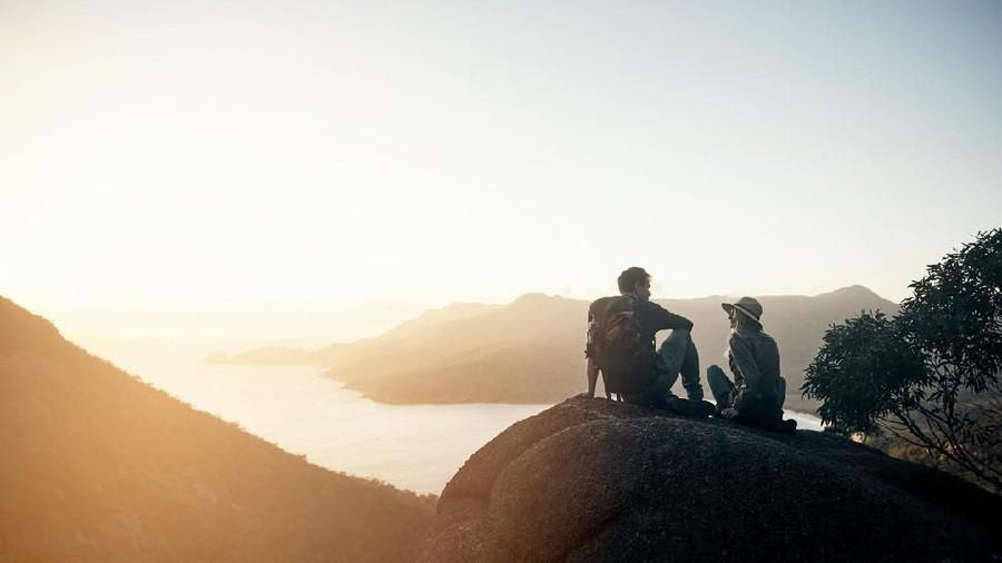 Zodiak: Leo Hiking Berdua Suami, Scorpio Jangan Hilang Kesabaran