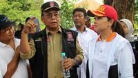 <p>Sebagai istri Menteri Sosial, Grace juga melakukan dialog dengan pejabat Kementerian yang dipimpin sang suami, Juliari Batubara. (Foto: Istimewa)</p>