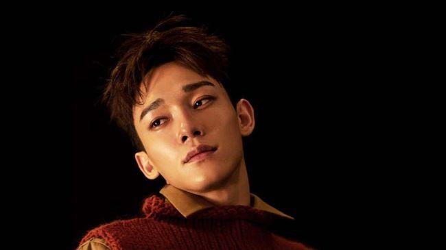 Chen EXO resmi merilis Hello, single terbaru beraliran britpop yang membungkus tema keraguan dan harapan pada Kamis (15/10).