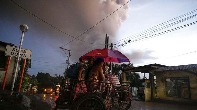 Kedutaan Besar RI di Manila, Filipina tengah mempersiapkan evakuasi warga Indonesia yang berada di wilayah Cavite menyusul erupsi Gunung Berapi Taal.