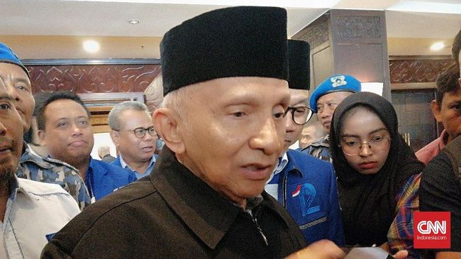 Loyalis menyebut Amien Rais adalah sosok konsisten yang tak mungkin kembali ke PAN setelah disingkirkan oleh Ketua Umum Zulkifli Hasan.