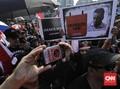 Lulung Bela Anies: 'Gak Betah di Jakarta? Udah Pergi'