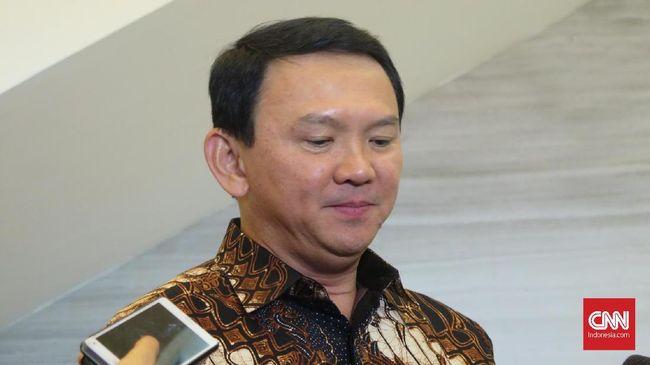 Komisaris Utama Pertamina Ahok memilih untuk bungkam ketika ditanya isi pertemuan dengan Menko Luhut Panjaitan.