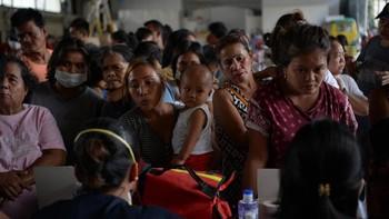 Gunung Semeru Keluarkan Awan Panas, 550 Warga Mengungsi