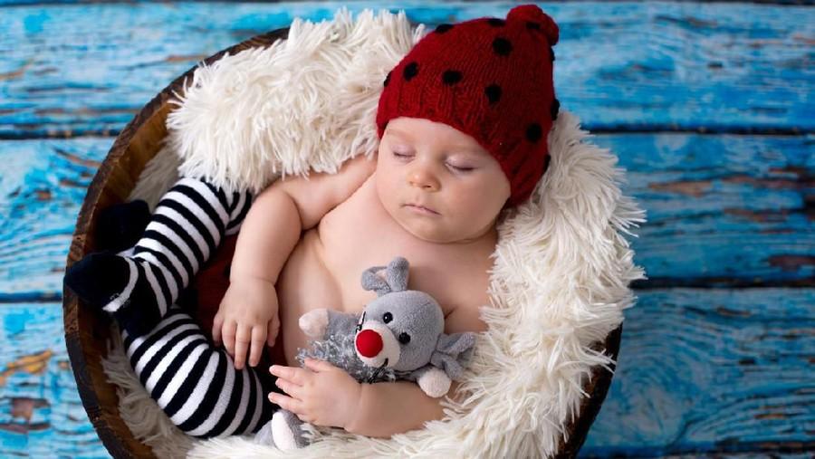 30 Nama Bayi Laki-Laki Bermakna Tampan dari Berbagai Bahasa