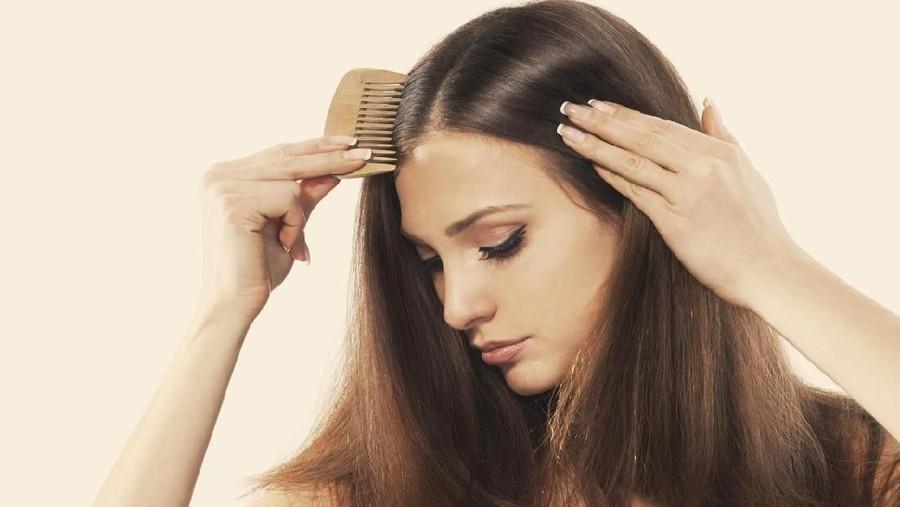 5 Tips Menebalkan Rambut dengan Alami, Patut Dicoba
