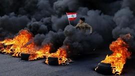 FOTO : Demo Libanon Kembali Membara
