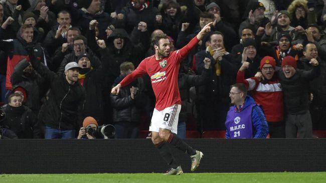 Manchester United berhasil menang tipis 1-0 atas Wolverhampton di Piala FA dan MU sempat mendapatkan bantuan VAR.