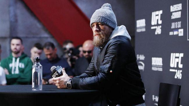 Conor McGregor mengirim pesan tersirat kepada Khabib Nurmagomedov menjelang UFC 257 melawan Dustin Poirier.