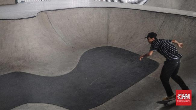 Anies Baswedan bakal meresmikan taman bermain skateboard atau skatepark berstandar internasional yang nilainya Rp14,3 miliar.
