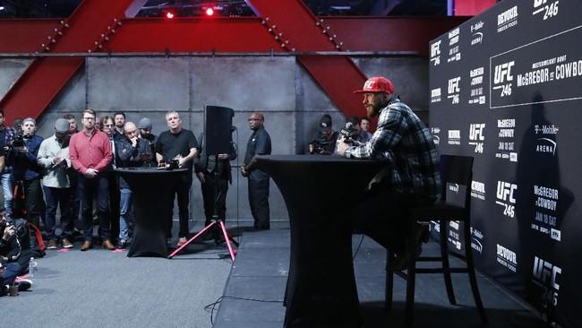 Conor McGregor dan Donald Cerrone menjalani media day sebelum pertarungan UFC 246 di T-Mobile Arena, Las Vegas.
