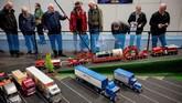Pameran miniatur digelar di London dan menampilkan berbagai model alat transportasi dari masa ke masa.