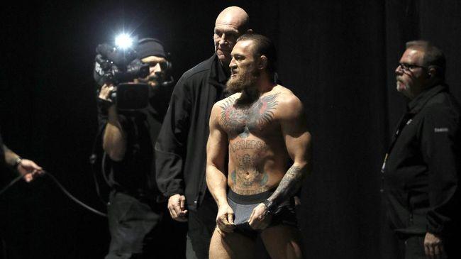 Presiden UFC Dana White mengumbar janji manis pada Conor McGregor bila menang lawan Donald Cerrone.