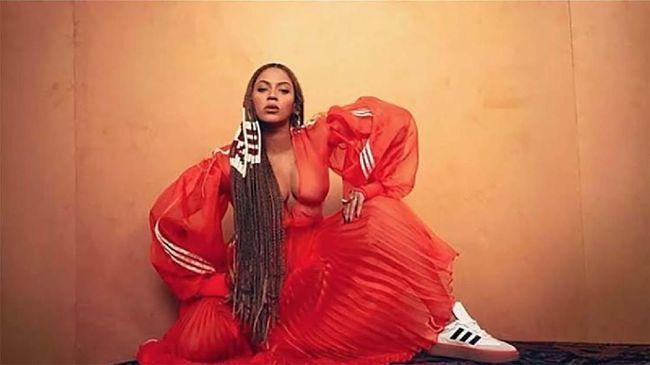 Koleksi fesyen terbaru dari kolaborasi antara Beyonce dan Adidas membuat heboh jagat maya pada akhir pekan ini.