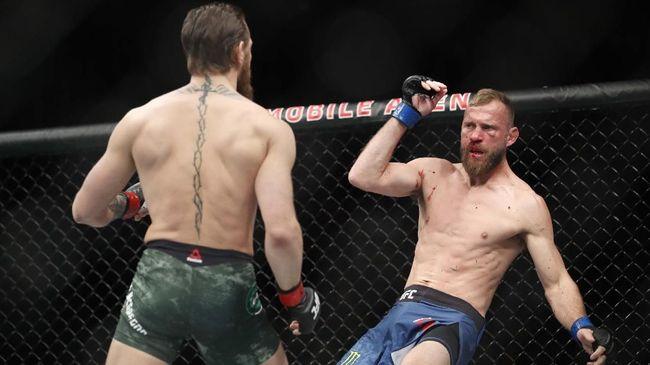 Conor McGregor melakukan inovasi saat mengalahkan Donald 'Cowboy' Cerrone pada pertarungan UFC 246 dengan menggunakan bahu.