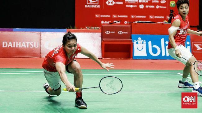 Greysia Polii dan Hendra Setiawan marah serta kecewa dengan perlakukan panitia dan BWF usai Tim Indonesia dipaksa mundur dari All England 2021.