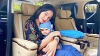 <p>Tya menikah di usia yang cukup muda, yakni 21 tahun. Sang suami tak lain anak sambung diva Malaysia, Siti Nurhaliza. (Foto: Instagram @tyaarifinnw)</p>