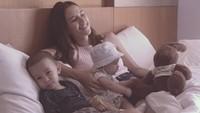 Kedua anak Dahlia benar-benar menggemaskan. (Foto: Instagram @dahliachr)