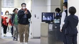 Ratusan Pekerja Asing Tiba Kembali di China