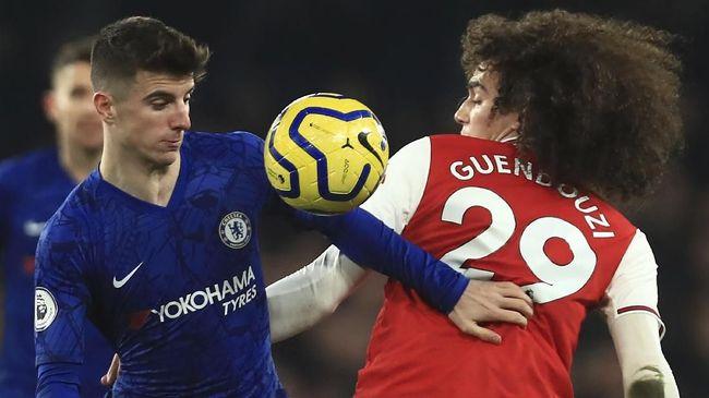 Berikut prediksi susunan pemain Arsenal vs Chelsea yang akan berlaga di Piala FA, Sabtu (1/8) malam waktu Indonesia.