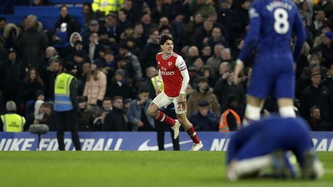 McGregor mengkritik pengamat MMA hingga 10 pemain Arsenal mampu menahan imbang Chelsea 2-2 jadi berita terpopuler.