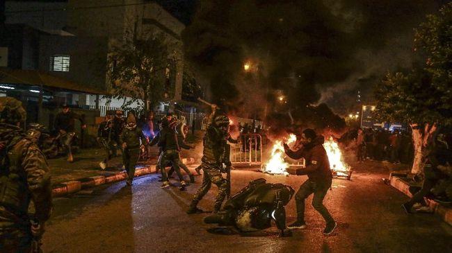 PM Libanon, Hassan Diab mundur di tengah gelombang demo warga, krisis politik, hingga ledakan di Pelabuhan Beirut pada 4 Agustus lalu.