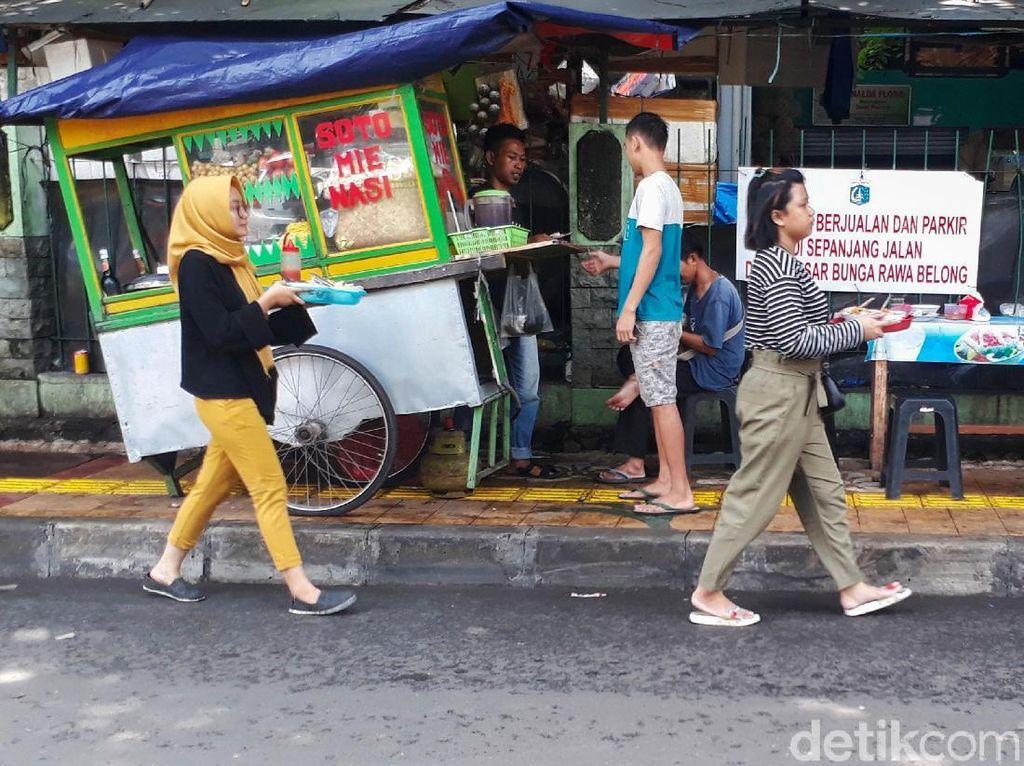 Duh... Trotoar di Rawa Belong Semrawut Banget