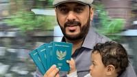 <p>Syekh Ali Jaber akhirnya resmi menjadi Warga Negara Indonesia (WNI). Ia mengumumkan hal ini di media sosialnya. (Foto: Instagram @syekh.alijaber)</p>