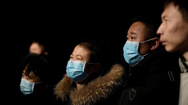 Korban meninggal akibat wabah virus corona mematikan di China kini mencapai 41 orang dan jumlah korban terinfeksi mendekati 1.300 kasus.