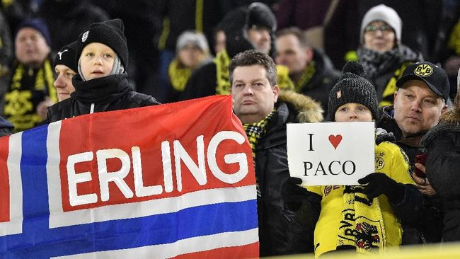 Fan Dortmund Tawarkan Jasa Pesan Antar Bantu Korban Corona