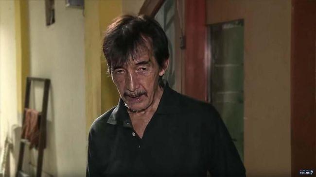 Johny Indo bukan hanya seorang aktor Indonesia. Ia tercatat memiliki kehidupan unik, bahkan pernah melarikan diri dari Nusakambangan.