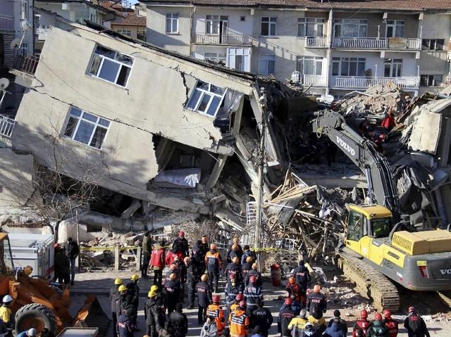 Kerusakan Akibat Gempa Turki