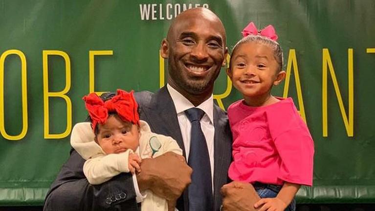 Anak-anaknya juga sering dibawa oleh Vanessa untuk menemani kegiatan Kobe Bryant.