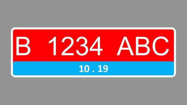 Kepolisian sudah menentukan desain khusus pelat nomor kendaraan listrik, yakni punya detail warna biru di bagian kolom angka masa berlaku.