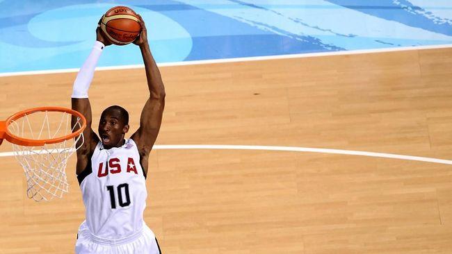 Kobe Bryant berhasil mempertahankan performa apik di level atas selama dua dekade. Hal itu tak lain karena Kobe adalah sosok yang gila latihan.