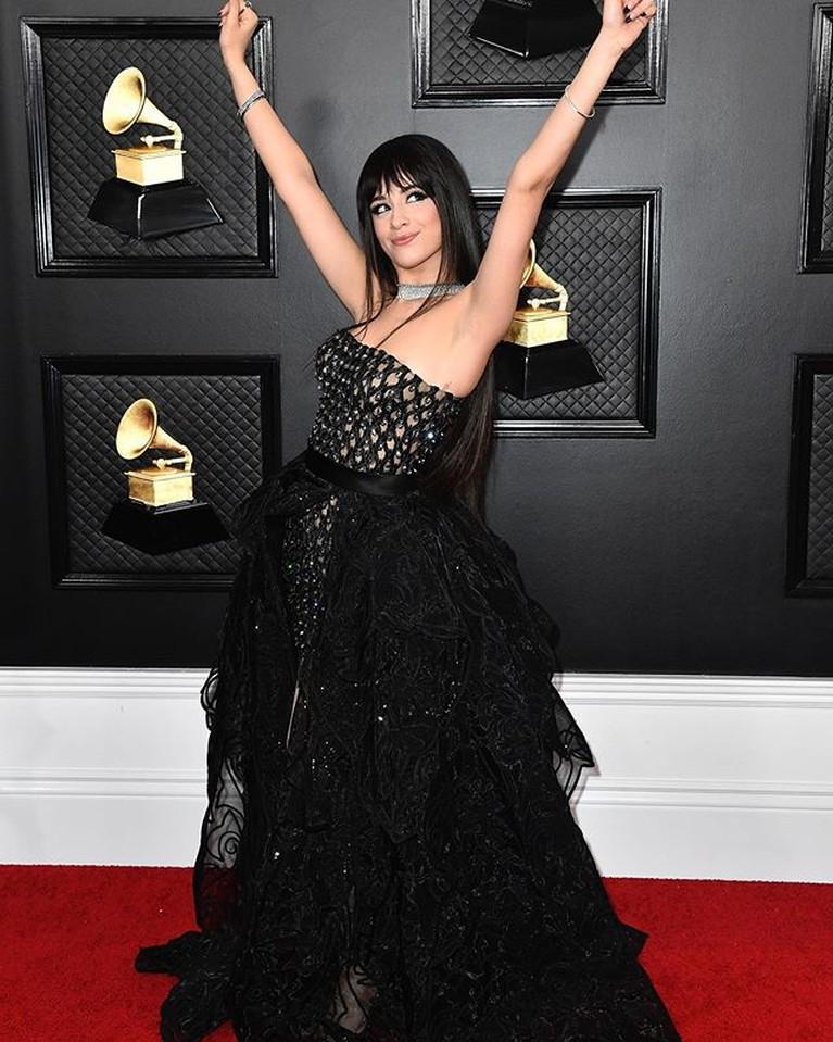 Para artis tampil menawan di Grammy Awards 2020 di Los Angeles, Minggu (26/1). Tapi beberapa dari mereka malah dinilai mengenakan pakaian yang kurang pas.