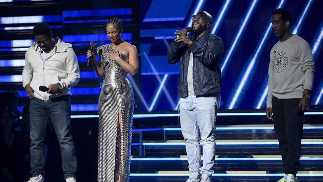 Berdasarkan laporan, rating siaran Grammy Awards 2020 menjadi salah satu yang terendah dalam sejarah.