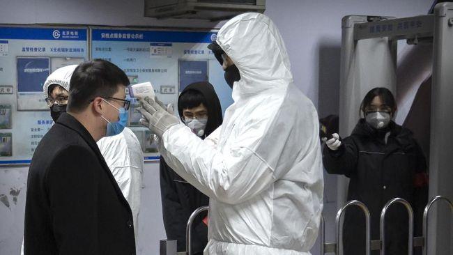 Sebanyak 500 staf medis di Kota Wuhan, China, dilaporkan terinfeksi virus corona.