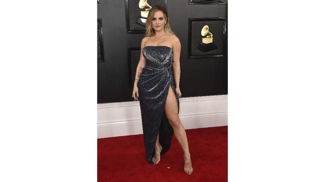 Grammy Awards 2020 digelar di Los Angeles, Amerika Serikat, Minggu (26/1). Penghargaan musik tertinggi ini diwarnai ragam busana mewah yang menarik perhatian.