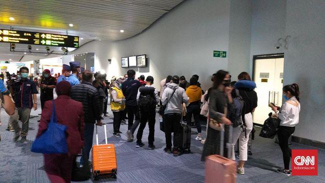Selain menangkal 109 WNA, Imigrasi juga menolak 36 pengajuan visa dari 15 negara karena pemohon visa baru berkunjung dari China.
