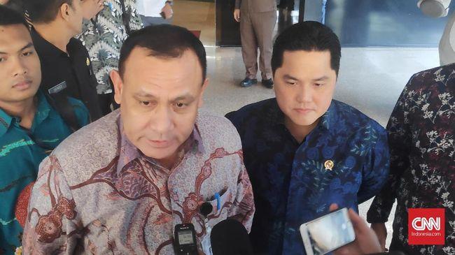 Ketua KPK Firli Bahuri mendatangi kantor Menteri BUMN Erick Thohir. Setelah bertemu, keduanya bertolak ke kantor KPK.