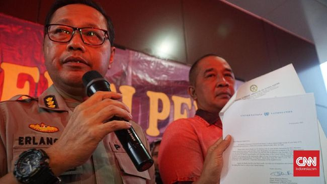Polda Jawa Barat menghentikan penyelidikan kasus kematian mantan istri komedian Sule, Lina Jubaedah. Hasil autopsi menunjukkan tak ada kekerasan di jasad Lina.