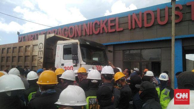 Bentrokan terjadi di area perusahaan asal China di Konawe, Sulawesi Tenggara, buntut dari utang-piutang perusahaan.