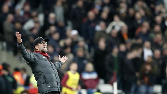 Pelatih Liverpool, Jurgen Klopp uring-uringan seusai timnya menelan kekalahan dari Atalanta di matchday keempat Liga Champions.