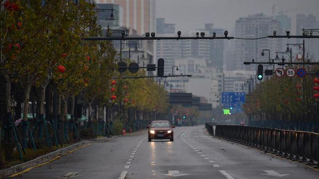 Pada Januari penjualan mobil di China turun 18 persen dibanding tahun lalu, dampak virus corona diprediksi bakal terasa lebih parah pada Januari.