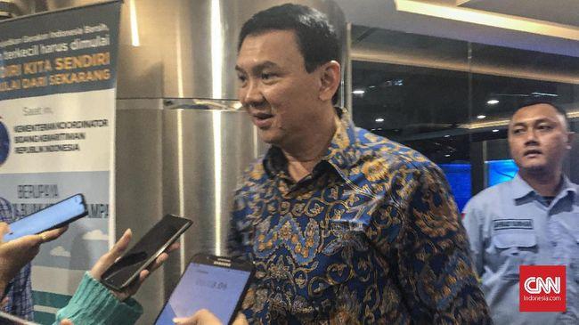 Ahok menjelaskan soal salah satu sebab kebakaran di kilang minyak milik Pertamina di Balongan, Indramayu.