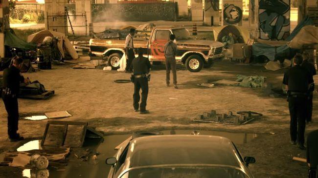 Trailer film Saw versi baru bertajuk Spiral resmi dirilis dengan menampilkan Samuel L Jackson dan Chris Rock sebagai bintang dari produksi ulang itu.