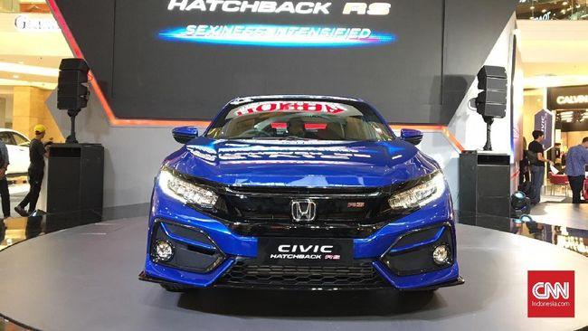 Honda meluncurkan varian Civic Hatchback baru yang kini menggunakan emblem RS dengan merubah karakternya.